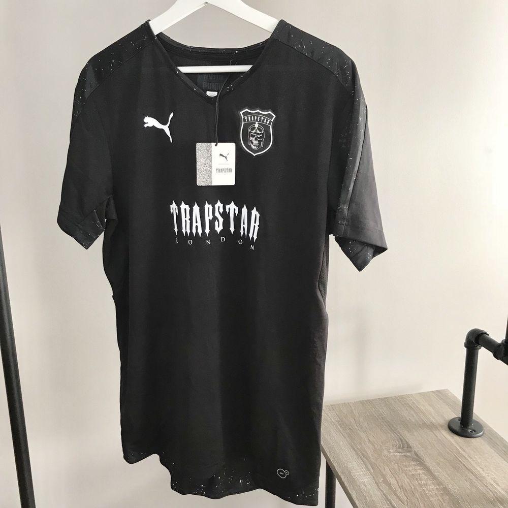 4f6e0b2773c5dd Puma x Trapstar men NEW Football Kit Jersey black tee speckle dry cell  goalkeep  PUMA  Jerseys