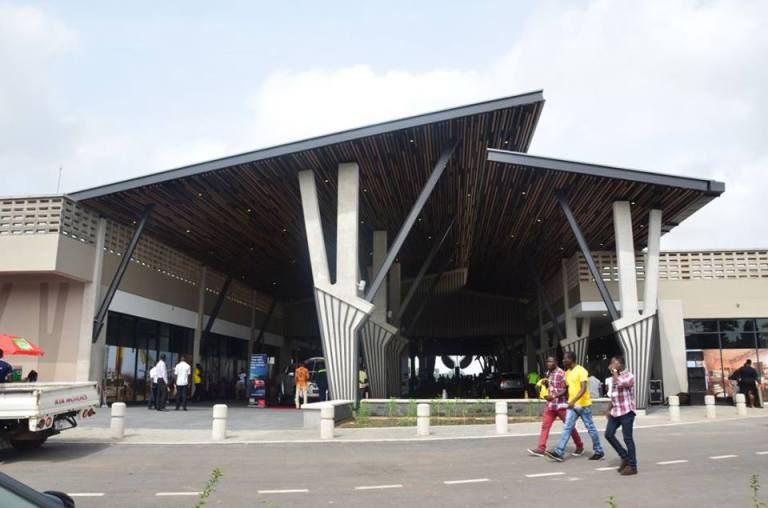 Building designs modernism ghana african fashion midcentury modern mall also arc jeff andoh jeffandoh on pinterest rh