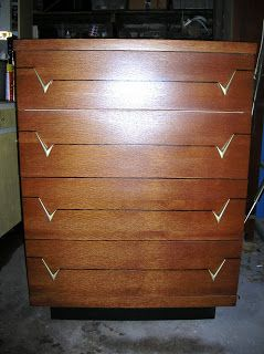 20th Century Antique Furniture Obliging Mahogany Serpentine Fronted Five Drawer Cabinet