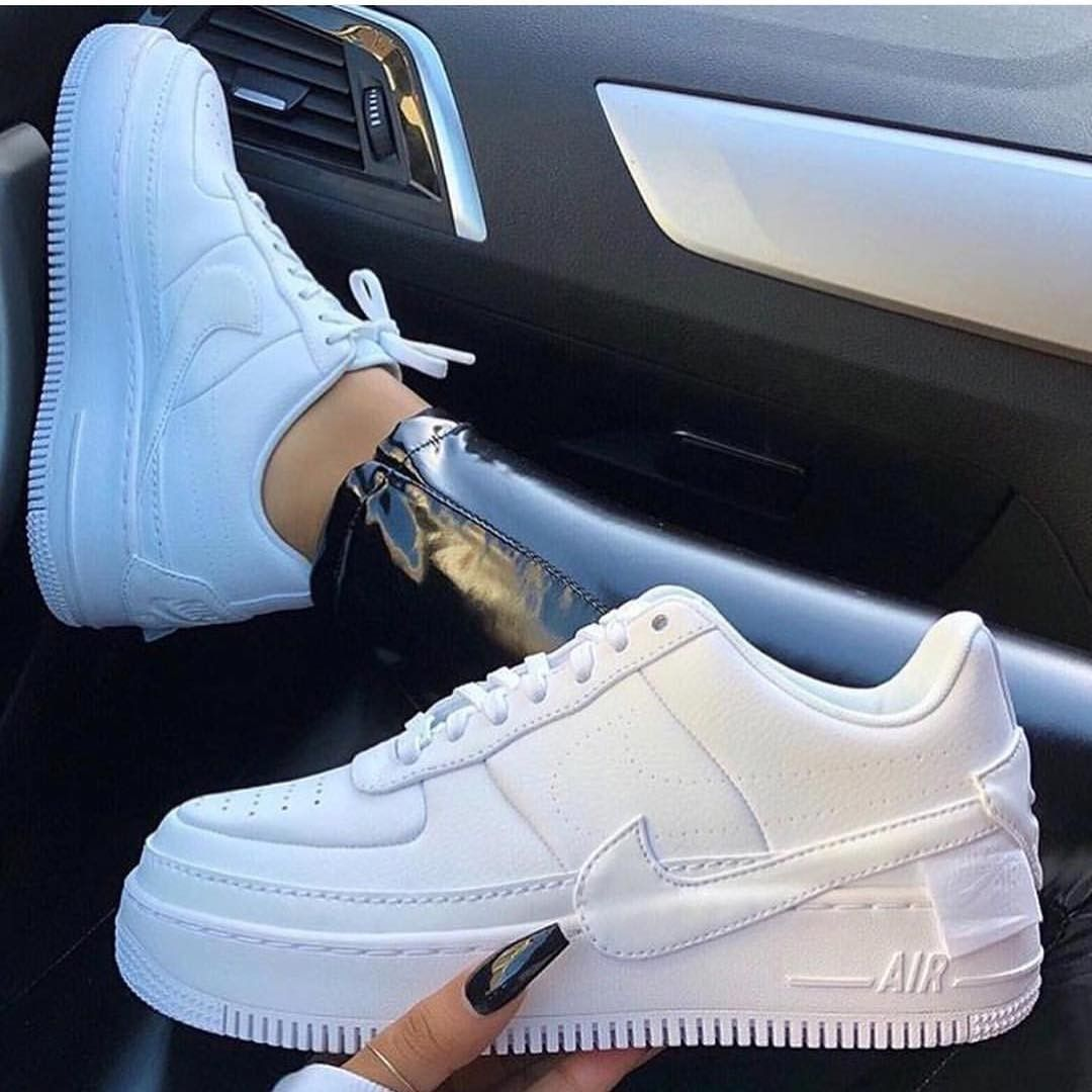 another chance 57d71 2440e pinterest- juliaahn  Baskets, Shoes Sneakers, Nike Shoes, Nike Airforce 1,