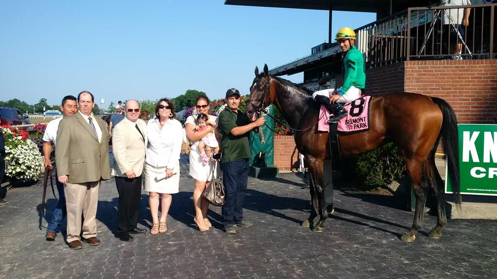 Back-to-back #Belmont stakes wins for 6yo #NYbred King Kreesa!