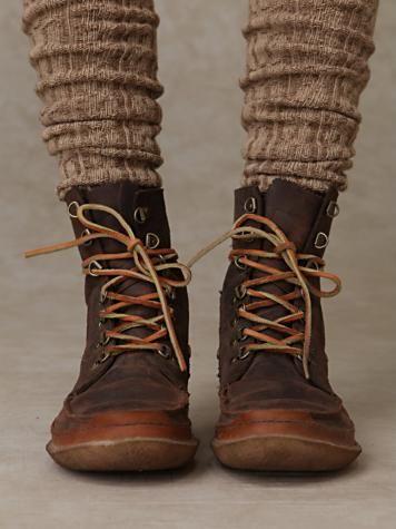 Portland Lace Up Boot | Zapatos blancos, Botas dama y