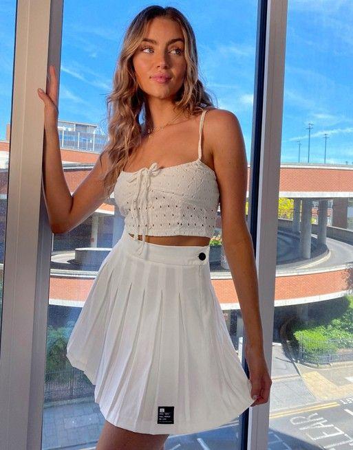 Bershka Pleated Mini Skirt In White Asos In 2020 Mini Skirts Tennis Skirt Outfit White Tennis Skirt