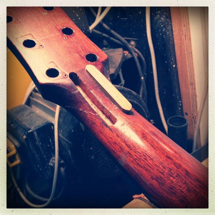 guitar neck repairs splines guitar guitar neck acoustic guitar broken guitar. Black Bedroom Furniture Sets. Home Design Ideas