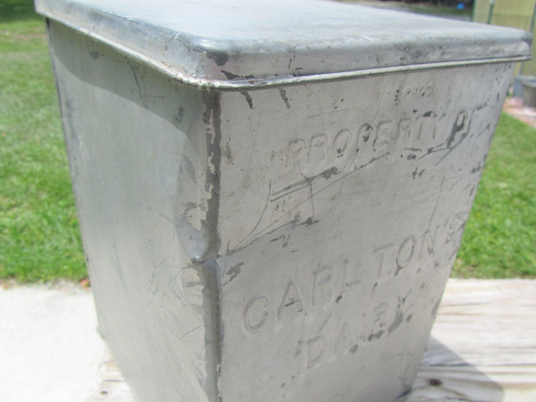 Vintage Milk Box Carlton S Dairy Milk Box Galvanized Metal Box Storage Box Dairy Farmhouse Decor Vintage Kitchen By K Milk Box Metal Box Galvanized Metal