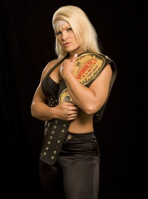 WWE Photoshoots - Raw 15th Anniversary - The Beautiful Divas | Beth
