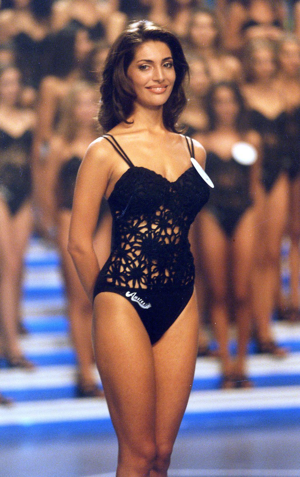 Caterina Murino Nude Photos 97