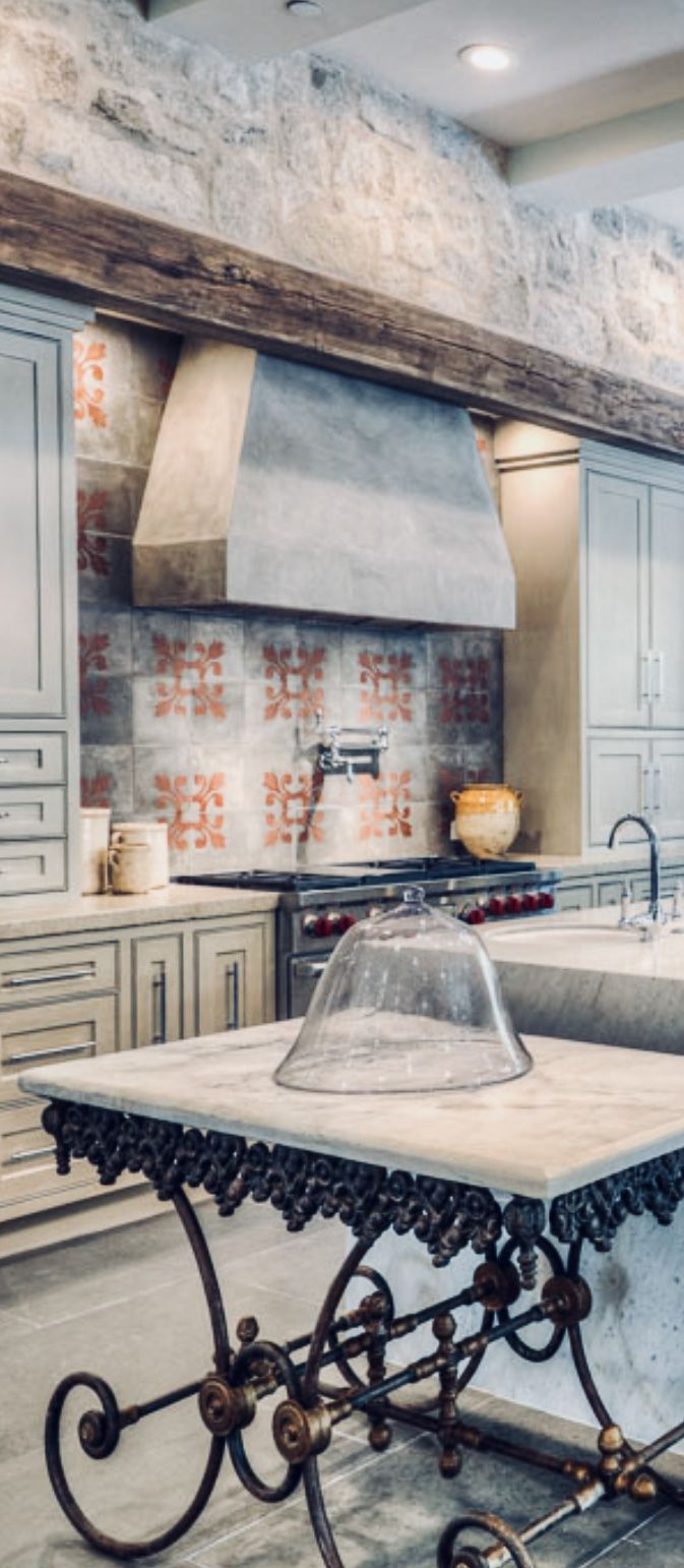 Blue And White Decorative Wall Tile For Kitchens And Bath Kitchen Design Antique Kitchen Cabinets Kitchen Renovation
