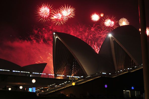 Midnight Fireworks Display Sydney Harbour Fireworks Photo Fireworks Display Fireworks