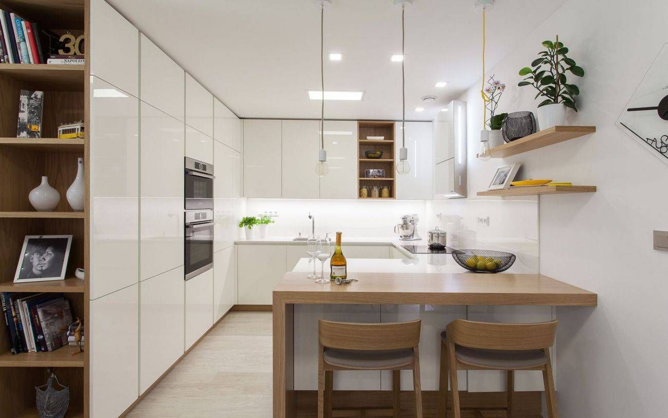Fresh High Gloss White Kitchen Cabinets Cabinets Fresh Gloss High Kitchen White In 2020 High Gloss White Kitchen White Kitchen White Gloss Kitchen