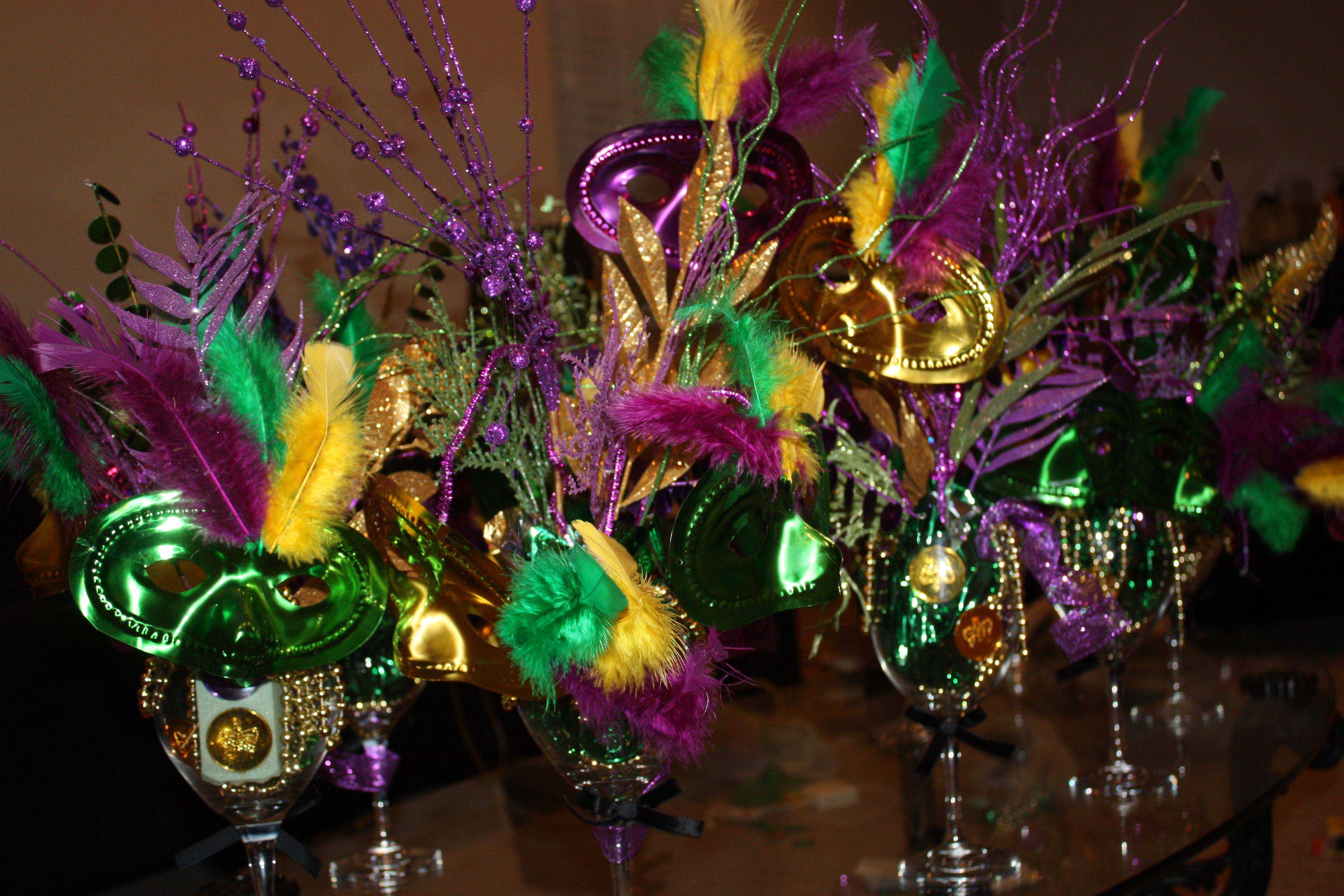 DIY-Mardi Gras centerpieces for sis-in-laws birthday party