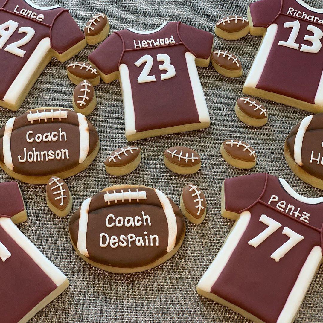 Football Season! These were super fun to make! I also loved the tiny footballs! Thanks @randibrookejohnson . . . .