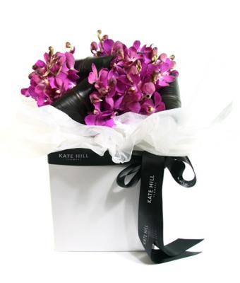 Kate Hill Flowers Flower Delivery Melbourne Order Flowers Online And Send Flowers Melbourne Orchid Posy Box Design Flores Decoracion De Eventos Floral