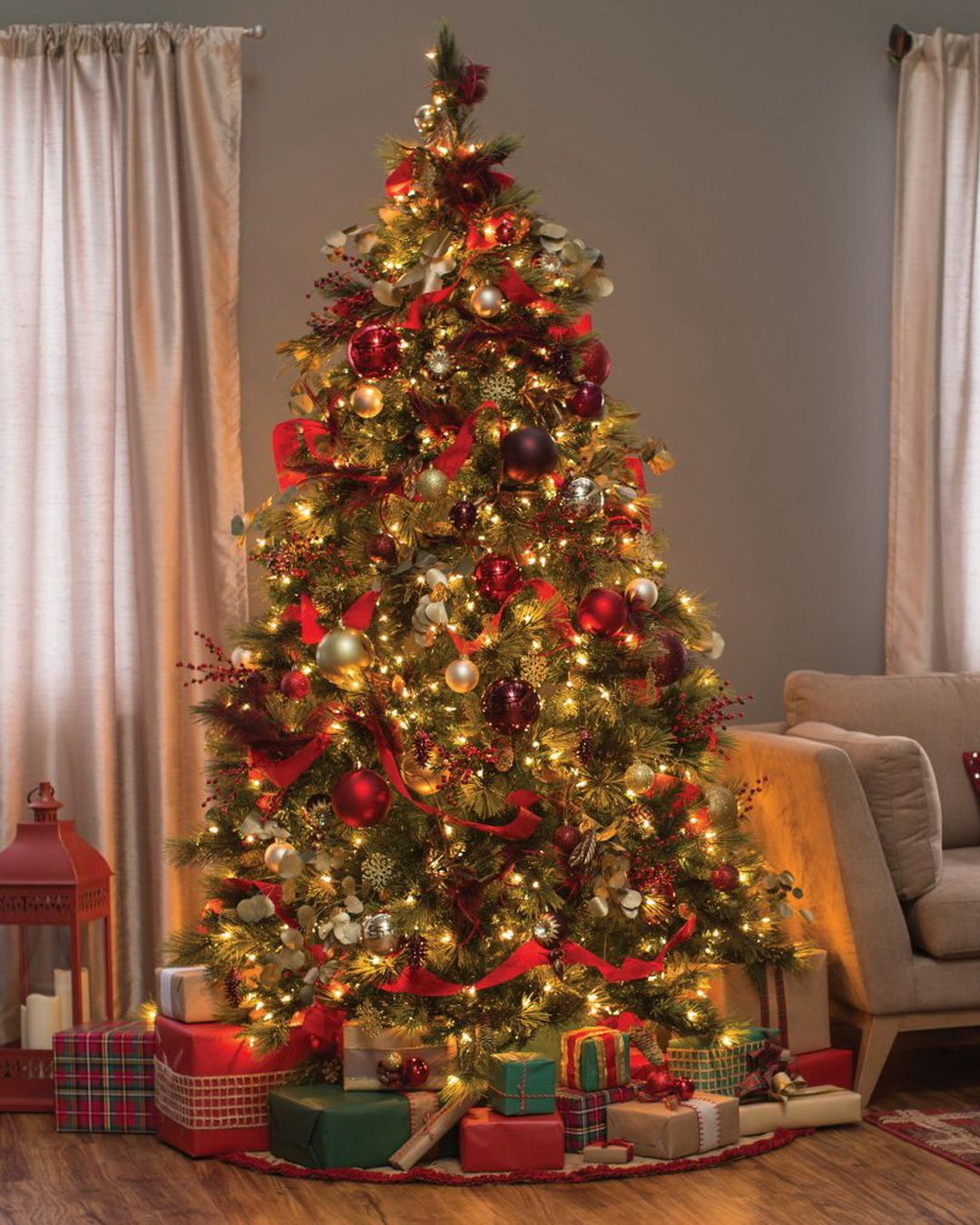 Carolina Pine Full Pre Lit Christmas Tree By National Tree Company Real Christmas Tree Pre Lit Christmas Tree Fake Christmas Trees