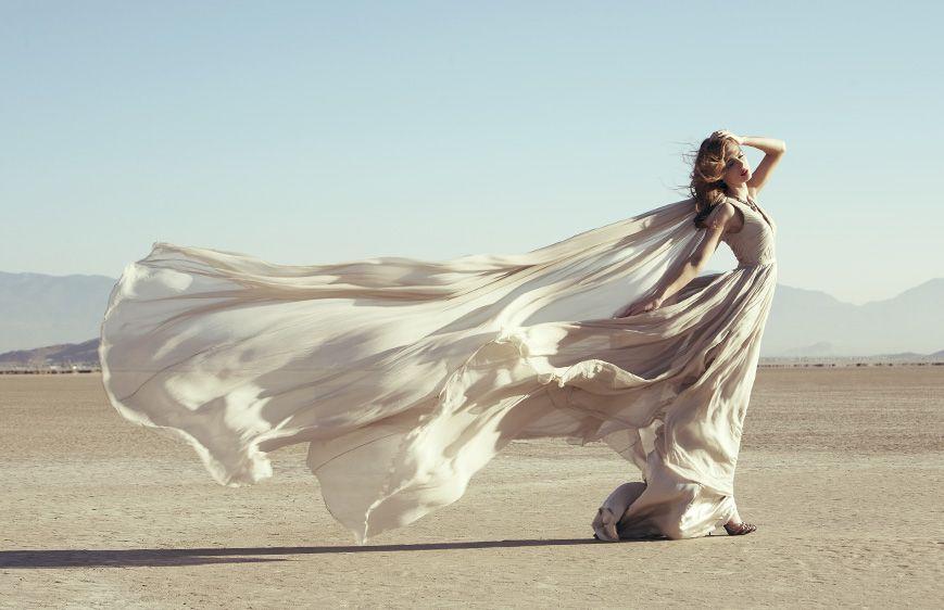Легкое Платье И Ветер