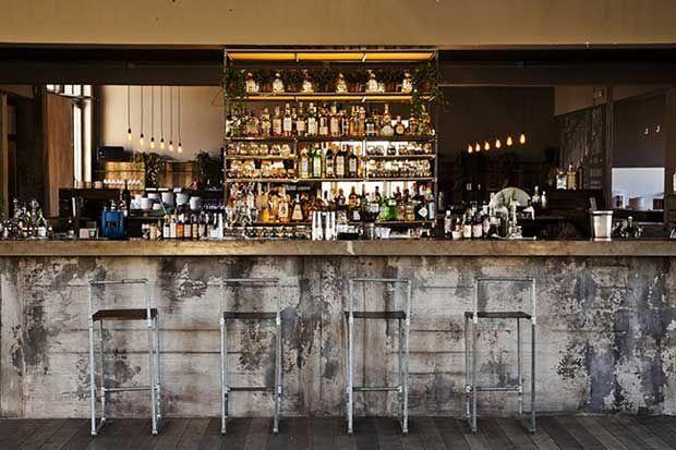 Cohouse pigneto roma ristorante e club di stile nuovo for Bar stile industriale