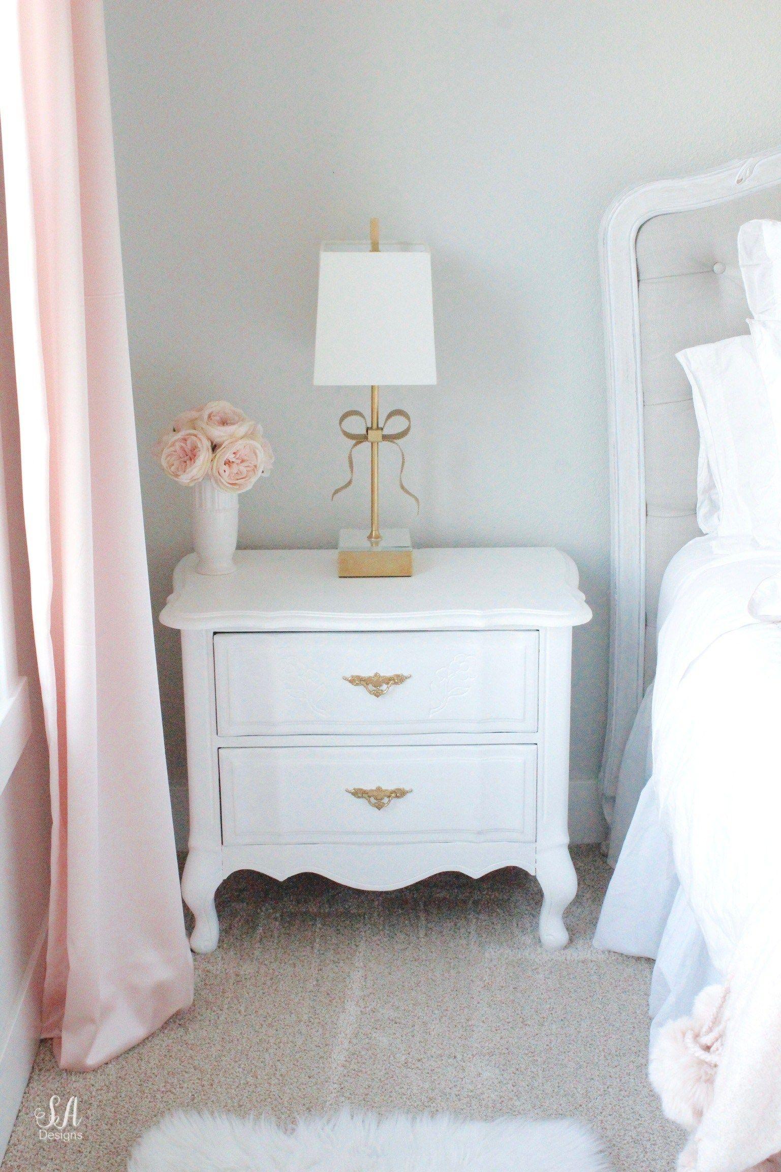 Tween Girl S Bedroom In Blush Gold Grey Tween Girl Bedroom Bedroom Vintage Grey And Gold Bedroom