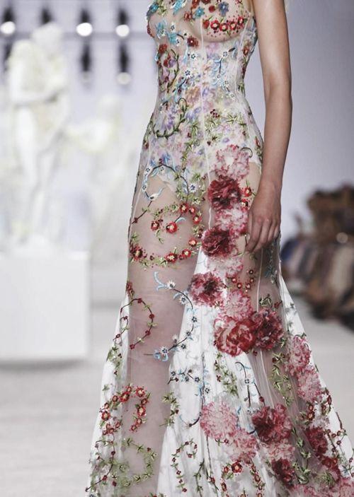 empirewaistlines:  rougevalentino:  Giambattista Valli Haute Couture F/W 13 Details