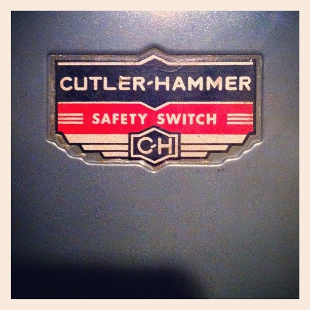 Jay Cutler & MC Hammer sure do make a mean safety switch.