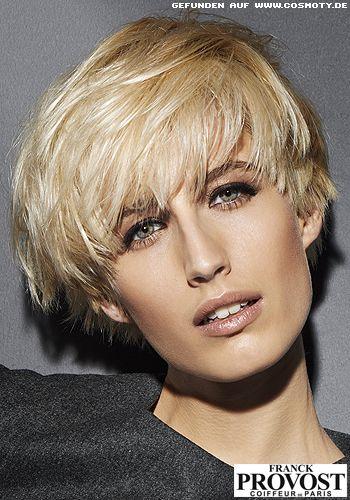 Definierter Pilzkopf Mit Seitlich Gestyltem Deckhaar New Hair New