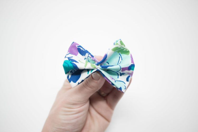 No-Sew Girls Fabric Hair Bows #fabricbowtutorial