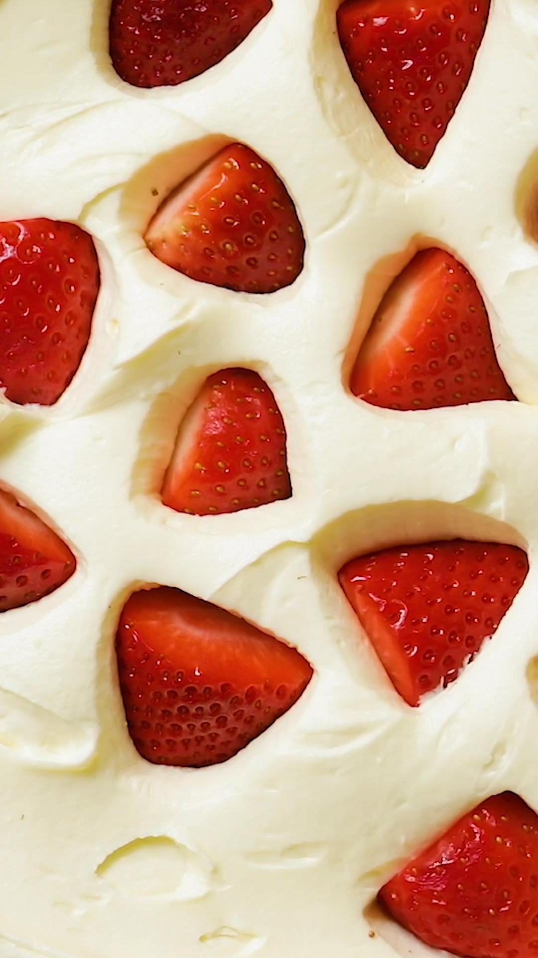 Comment faire un sandwich de cheesecake à la fraise ?