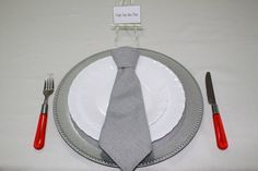 dobradura de gravata em guardanapo, napkin folds tie, mesa dia dos pais, dia dos pais