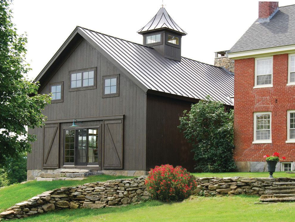 Elegant pole barn homes trend burlington farmhouse for Houses with barns