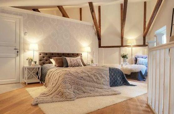 Slaapkameridee voor wand achter bed