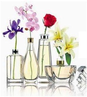 tá cheio de vidrinho de perfume vazio no armário né aí você tá com