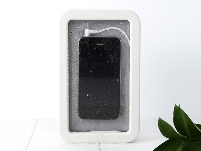 Muji mobili ~ Water water everywhere but not a drop on your phone. lock and