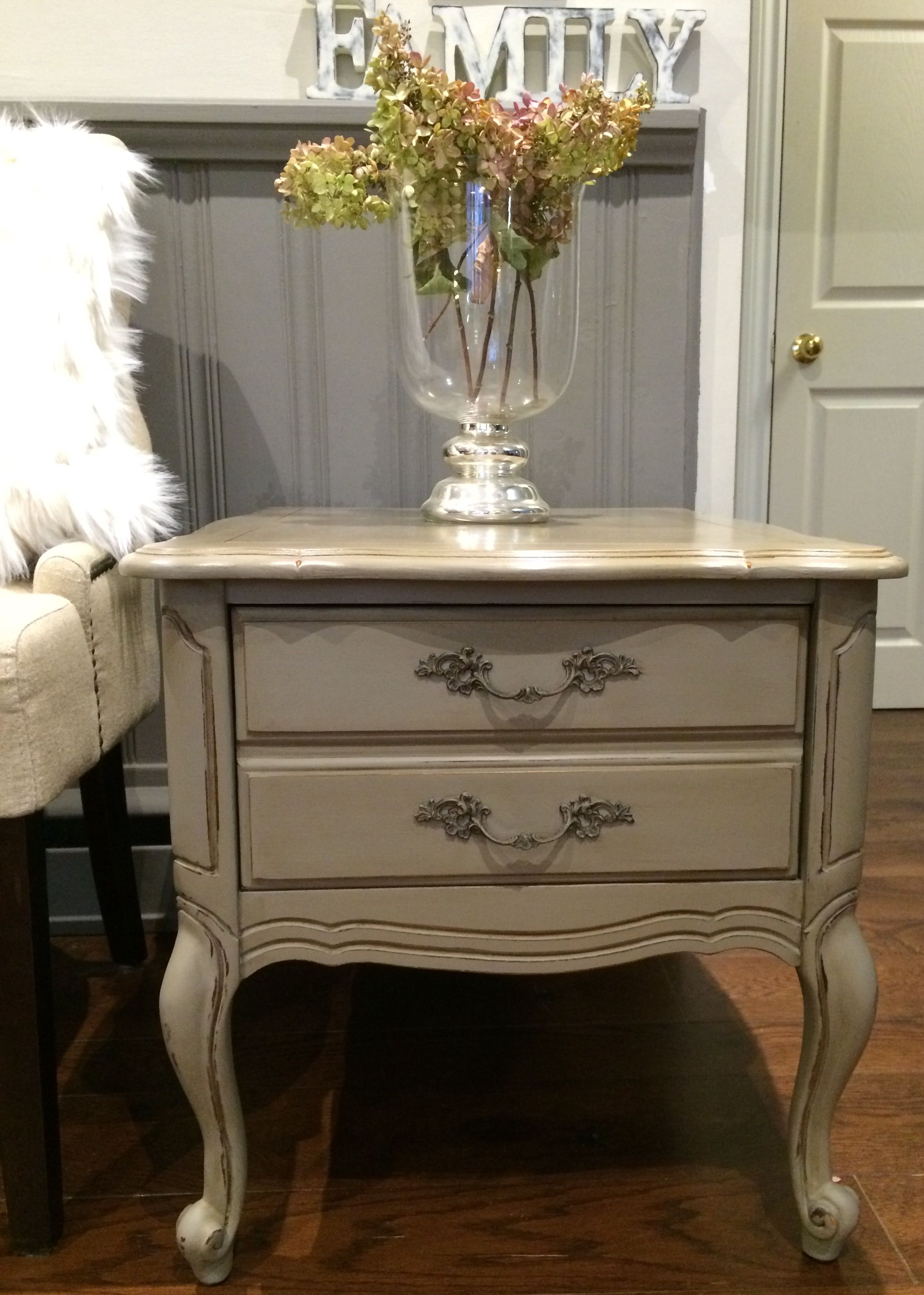 annie sloan french linen chalk paint distressed clear and dark wax lovely aged patina french. Black Bedroom Furniture Sets. Home Design Ideas