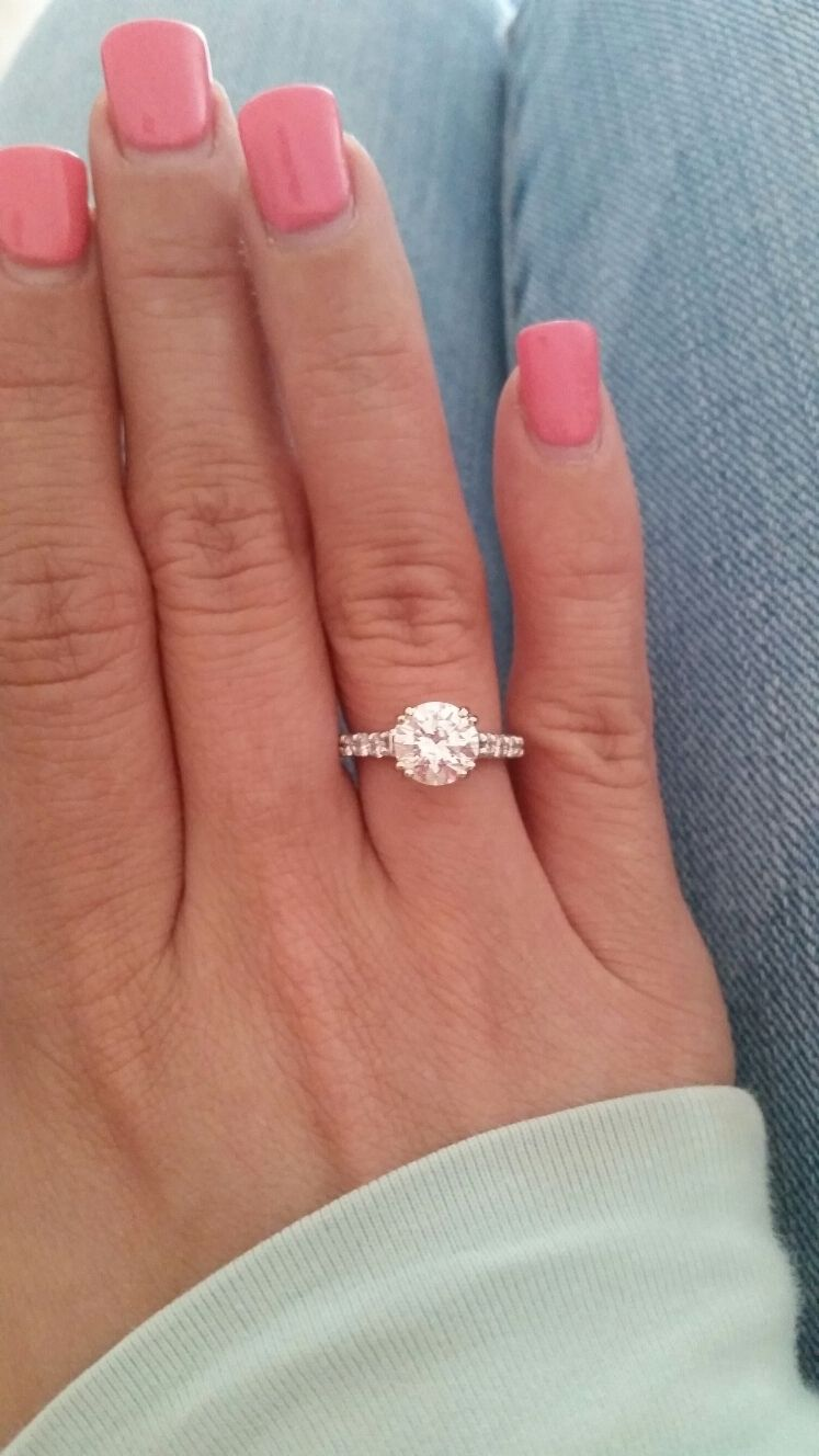 2ct Diamond Ring On Finger Engagement Ring On Hand 2ct Diamond Ring Diamond Engagement Rings
