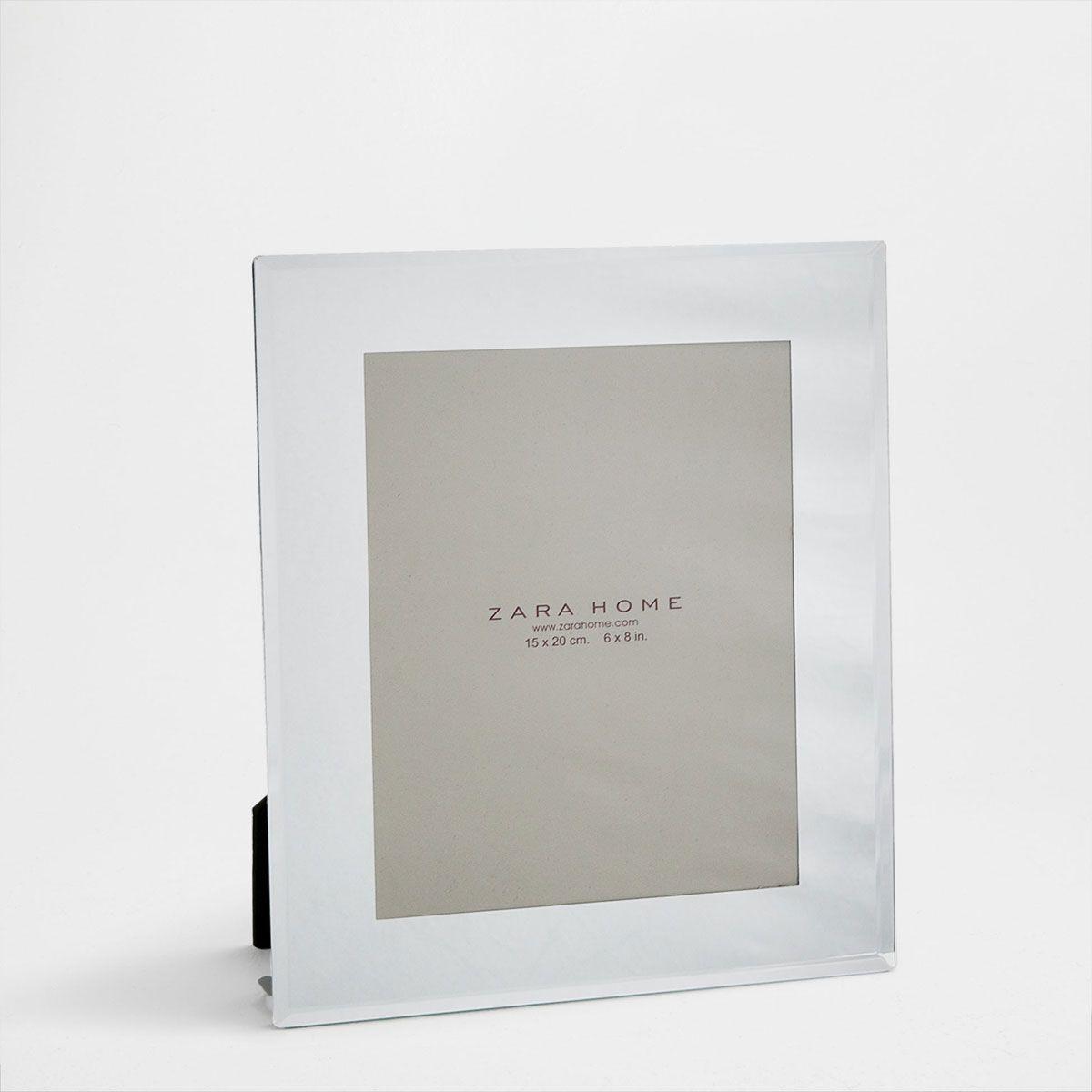 Bilderrahmen mit Spiegel-Effekt. 15x20cm, 12,99€, ZaraHome ...