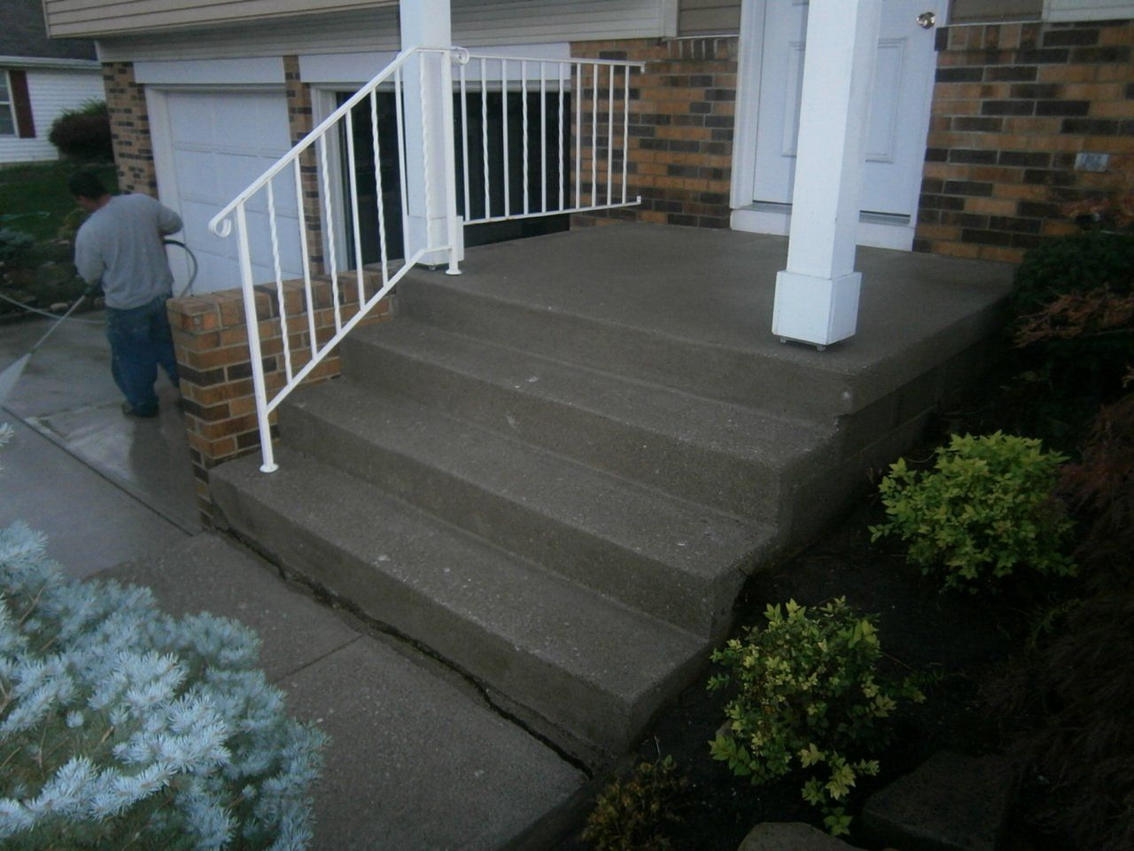 Concrete Stairs Prior to Concrete Resurfacing in Westerville, Ohio.