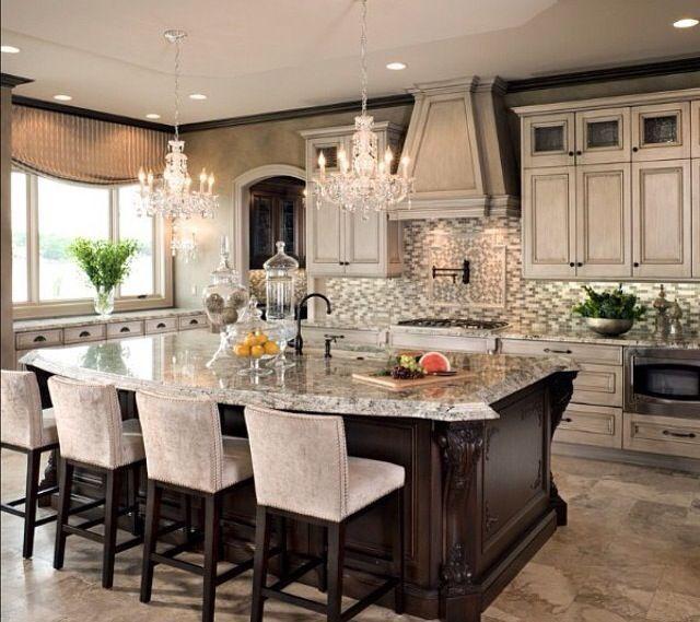 Kitchen Designs With Center Window: Kitchen - Buffet Counter Under Window