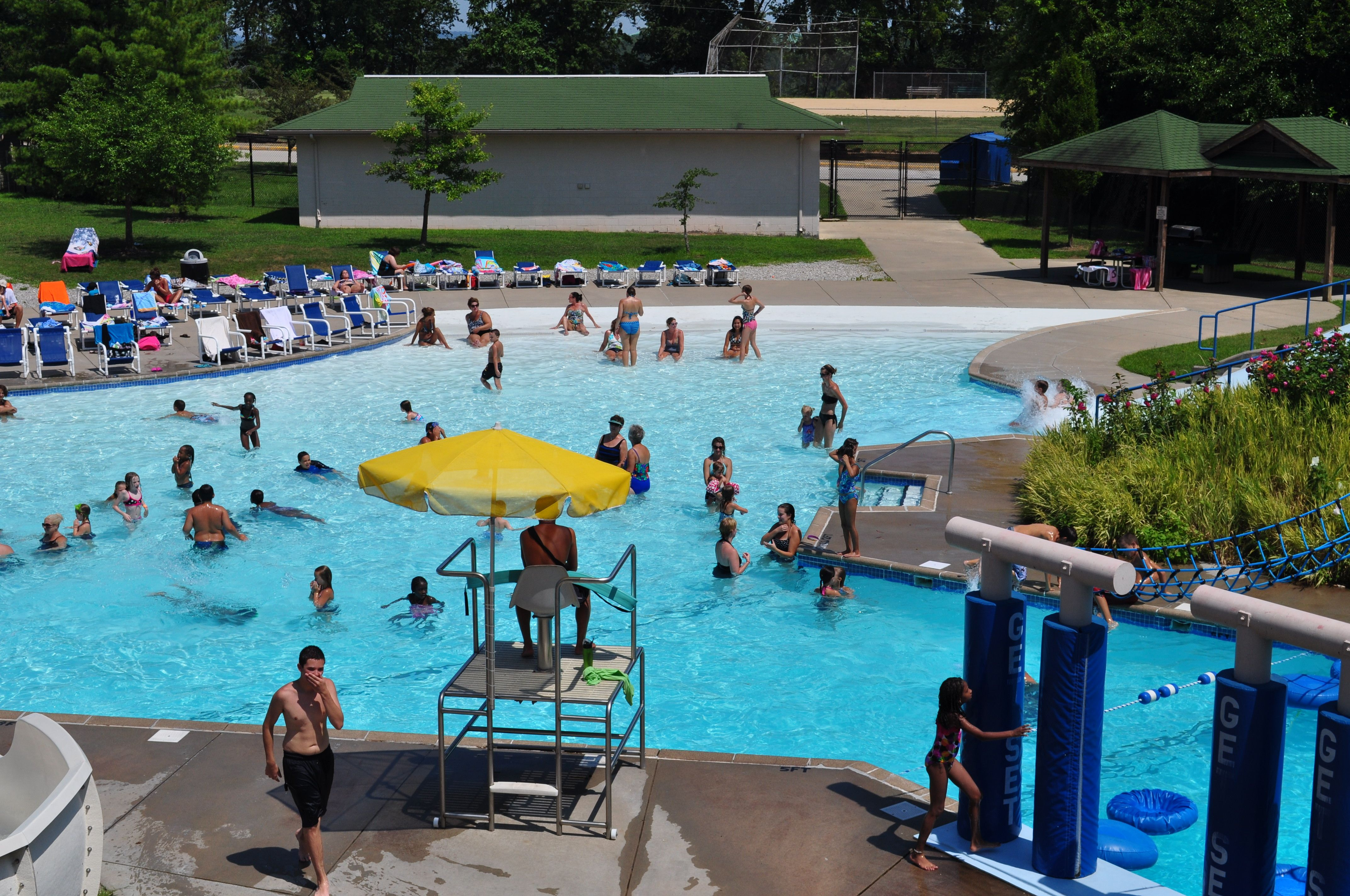 Blanchette aquatic facility st charles mo parks and