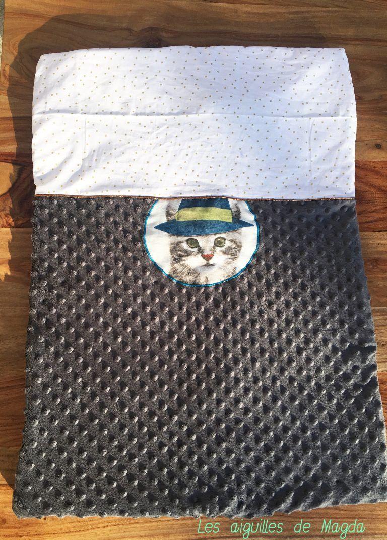 ba44c75594db2 Couture couverture bébé chat minkee
