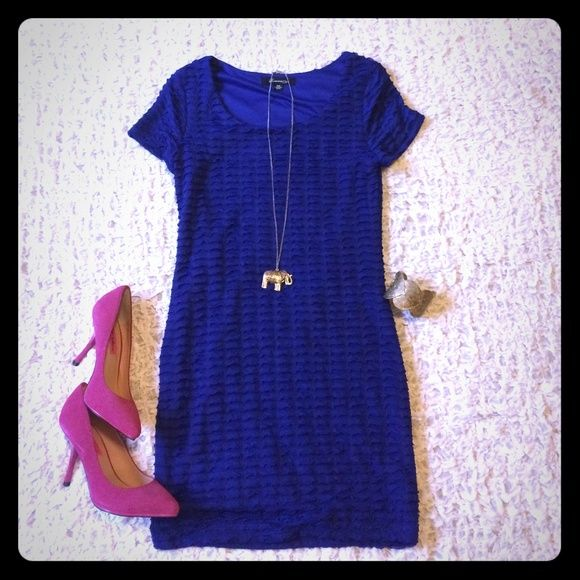 Blue forever 21 dress This is a cobalt blue mini dress I got from Forever 21. Cute ruffle like details. NWOT. PERFECT For date night! ❤️ Forever 21 Dresses Mini