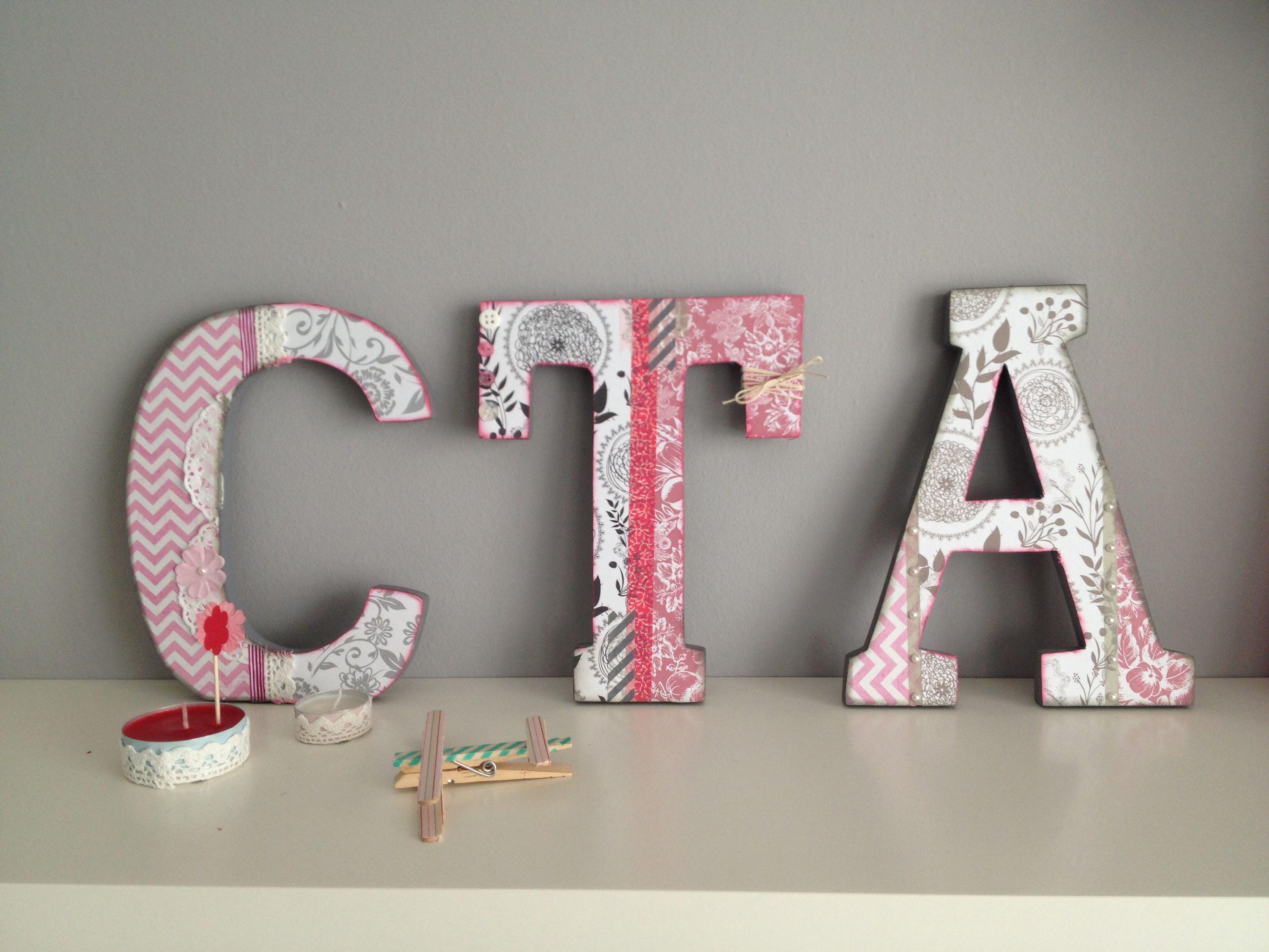Letras de madera decoradas con papel lletres alterades - Letras en madera ...