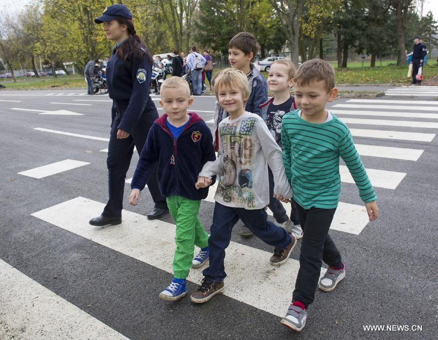 Croatia S Zagreb Launches Traffic Safety Program For Preschool Kids Xinhua English News Cn Preschool Kids Traffic Safety Kids