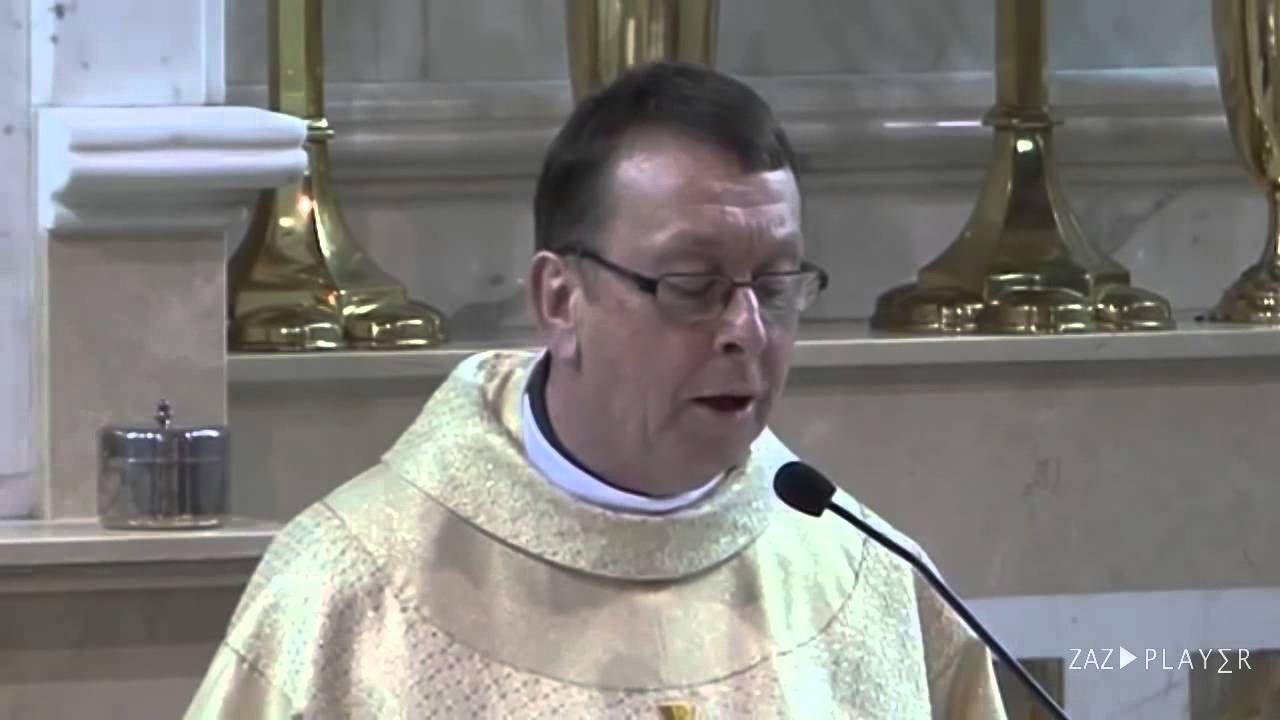 Priester Singt Halleluja