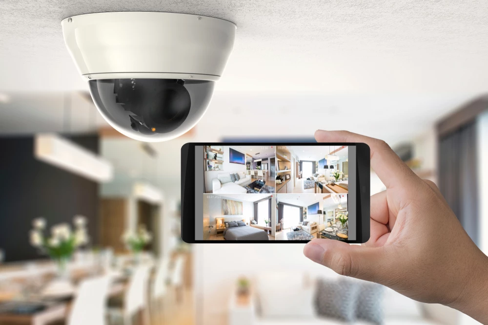 Top 3 Things To Make Your Life Safer Home Security Systems Wireless Home Security Systems Security Cameras For Home