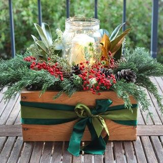 How to make a beautiful and free DIY Christmas centerpiece in 10 minutes Great Thanksgiving  Christmas table decorations  gifts Easy tutorial  video