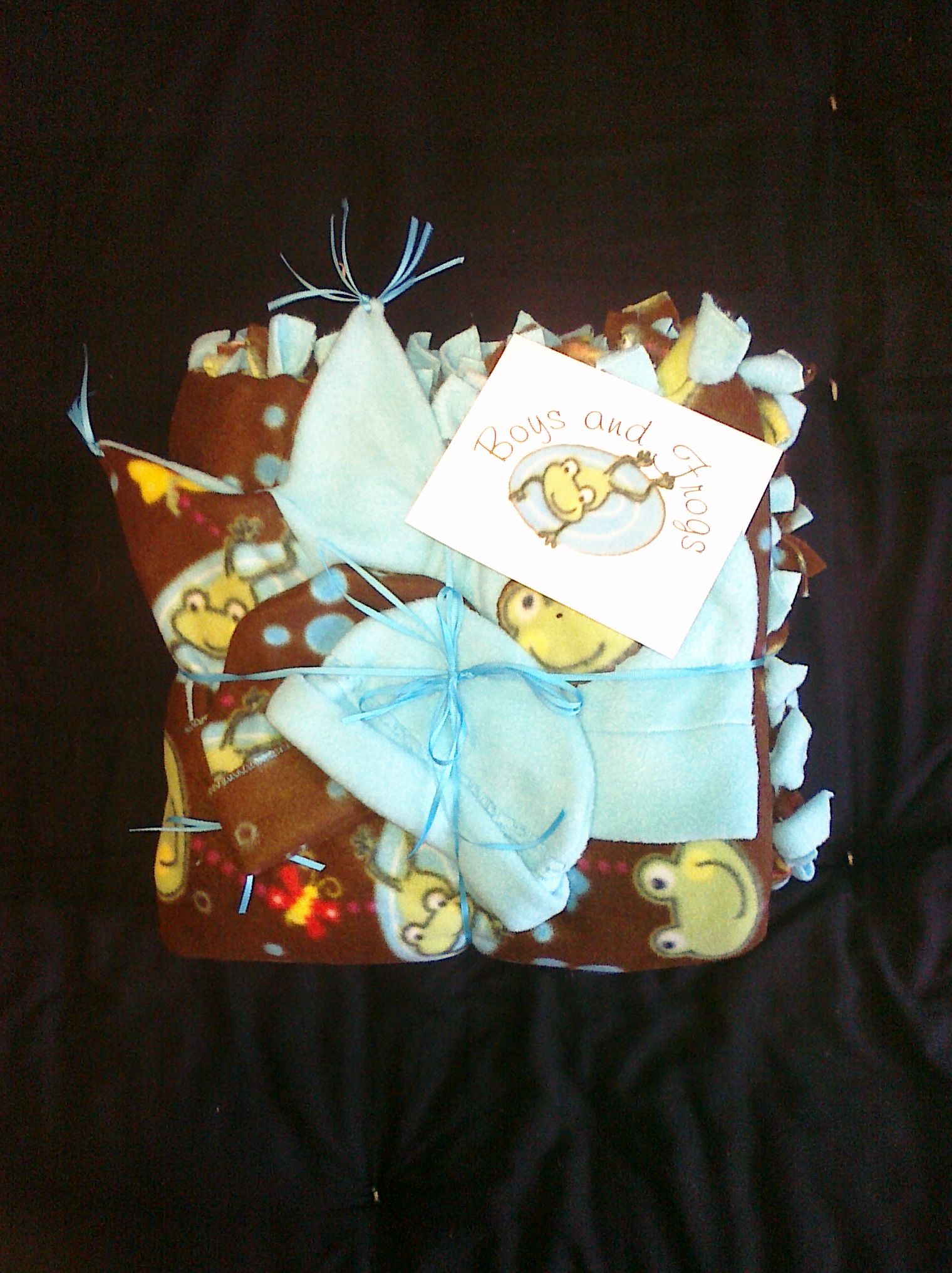 A Baby Shower Theme T I Did An Easy No Sew Blanket