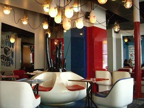 caf etienne marcel i love the design my places cafe restaurant design restaurant bar. Black Bedroom Furniture Sets. Home Design Ideas