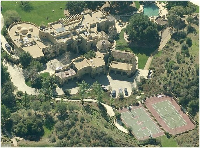 Will Smith And Jada Pinkett Smith House Celebrity Houses Will Smith Mega Mansions