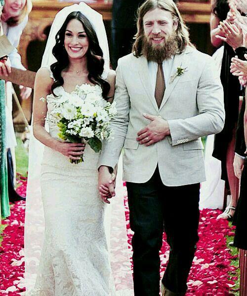 Brie Bella And Daniel Bryan S Wedding Day Wwe