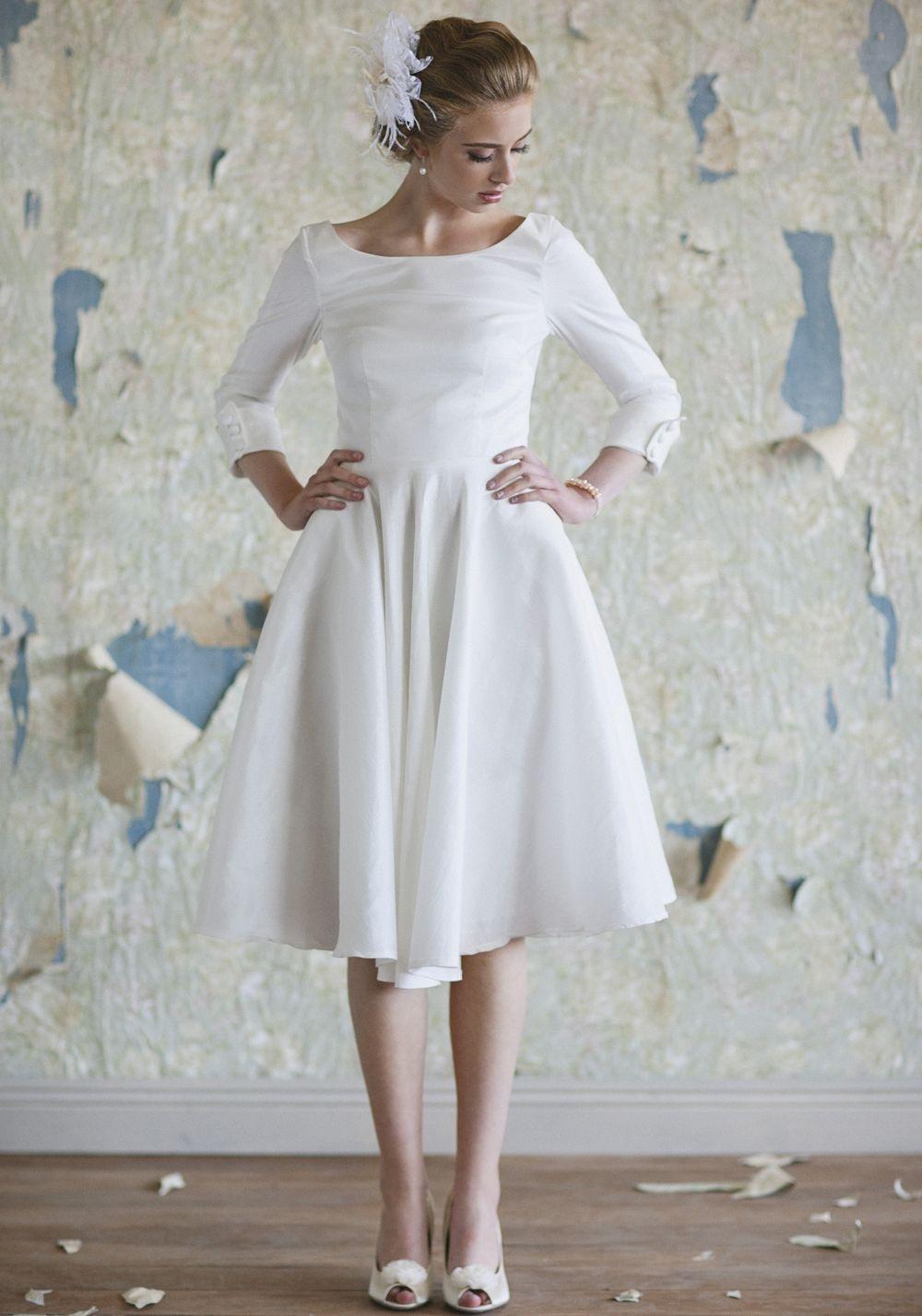 Audrey Hepburn inspired wedding dress. | Audrey Hepburn Theme ...