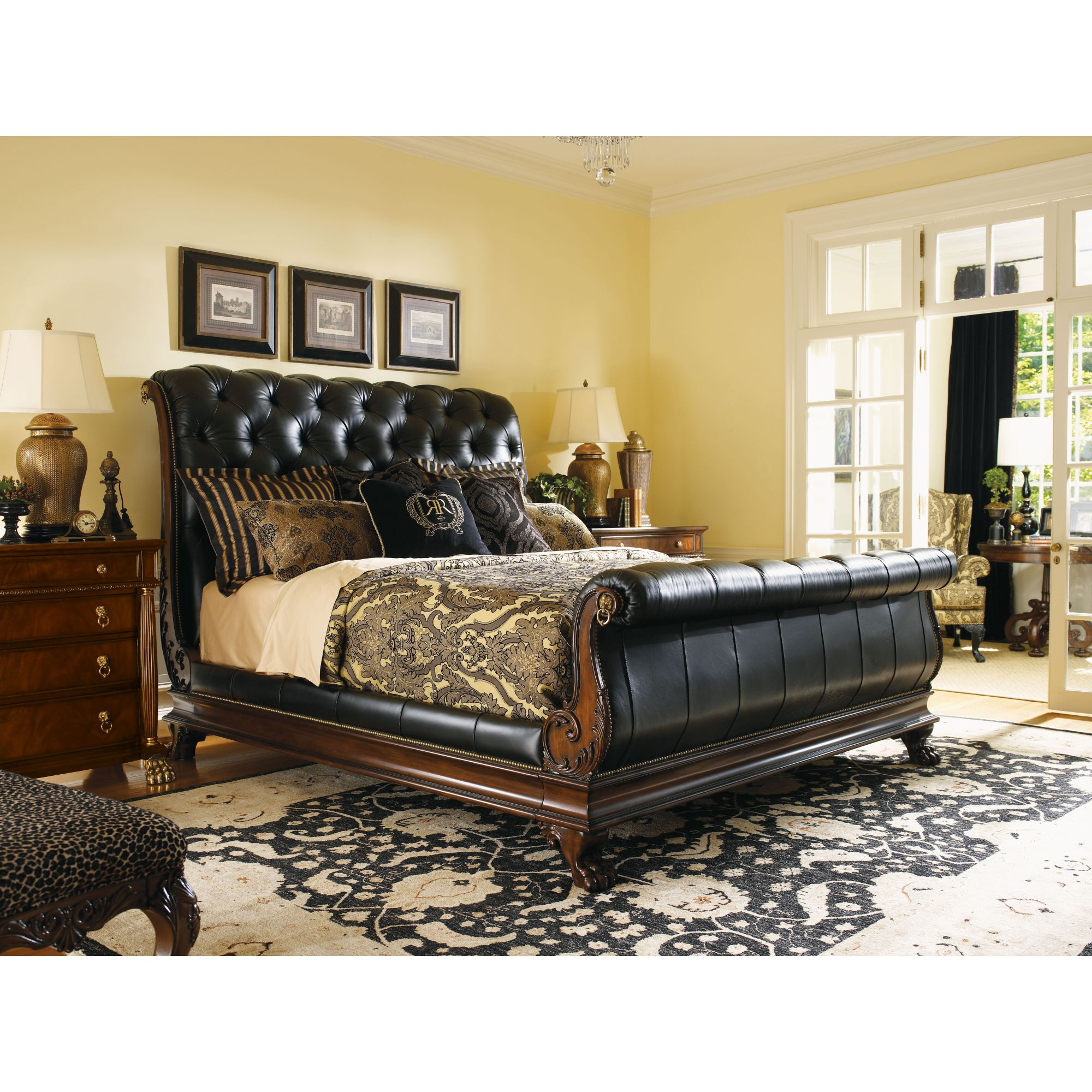 Lexington Regents Row Coventry Leather Sleigh Bedroom Set In
